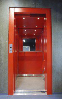 výtah po modernizaci v bytovém domě