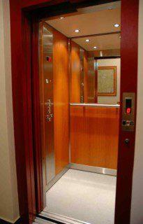 plná kabina v provedení lamino nebo dřevo
