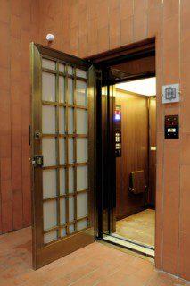 modernizace historického výtahu