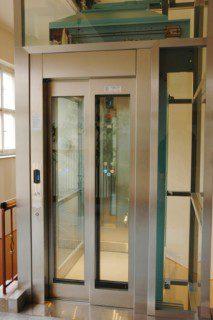 automatické prosklené dveře
