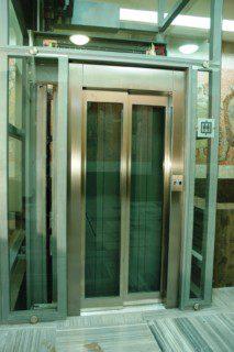 výtah ve stanici