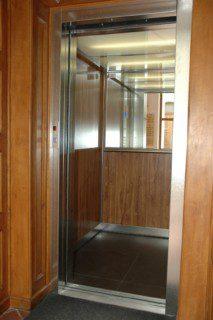 modernizace atypického výtahu