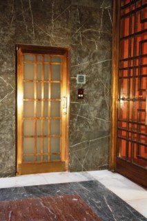 pohledové ruční dveře