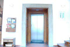 nerezové šachetní dveře