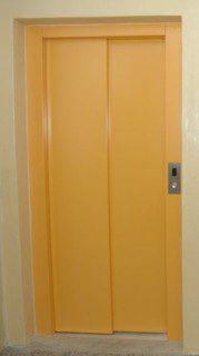 automatické dveře plné komaxit