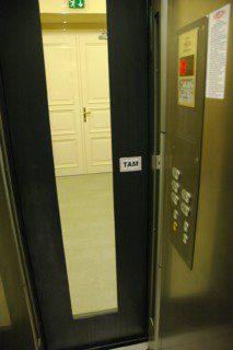 achetní dveře prosklené
